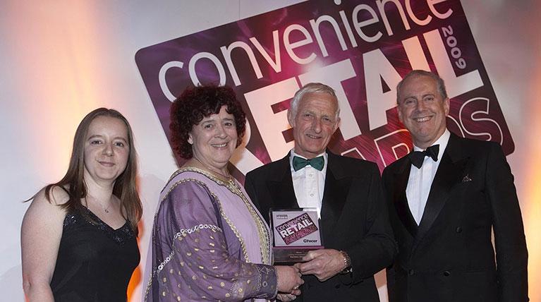 Roy Delves receives a prestigious Lifetime Achievement award at the Convenience Retail Awards